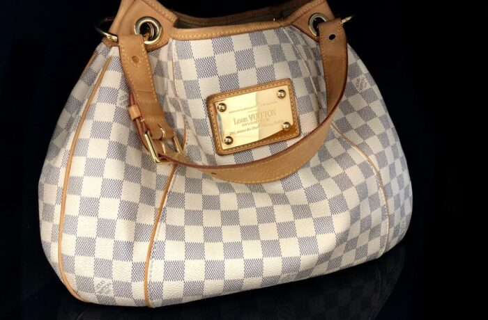 (VERKAUFT) Louis Vuitton Tasche Damier azure